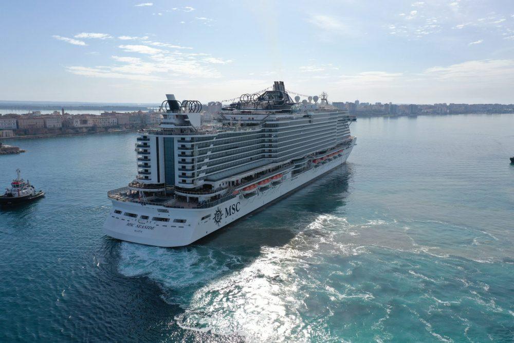 """Arrivata oggi a Taranto MSC Seaside, cerimonia del """"Maiden Call"""" con Autorità e Istituzioni cittadine"""